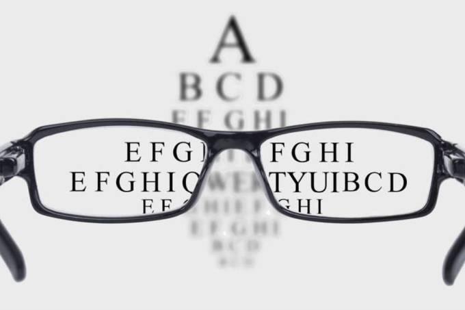 size_960_16_9_oculos-miopia1